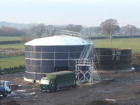 Steel tank errection; Third and Final Stage of the steel tank errection.